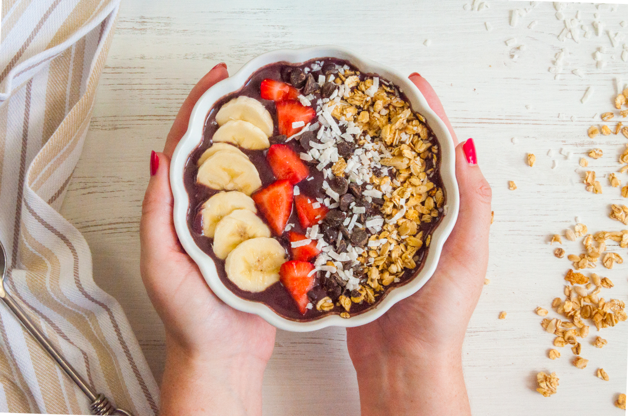 Acai Smoothie Bowl | thespiceathome.com