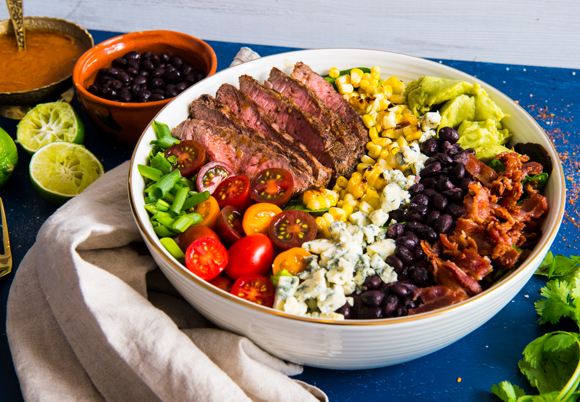 Spicy Cobb Salad with Cajun Grilled Steak | thespiceathome.com