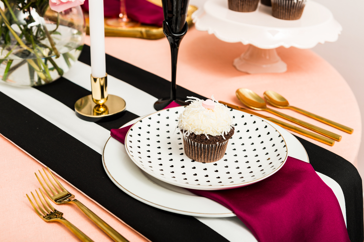 Be My Valentine Table Setting | thespiceathome.com