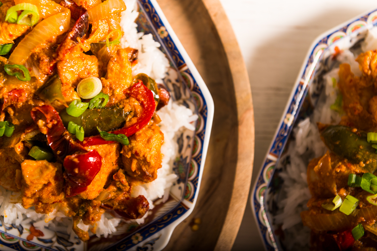 A spicy Chinese-Indian chicken dish with sauteed peppers and onions