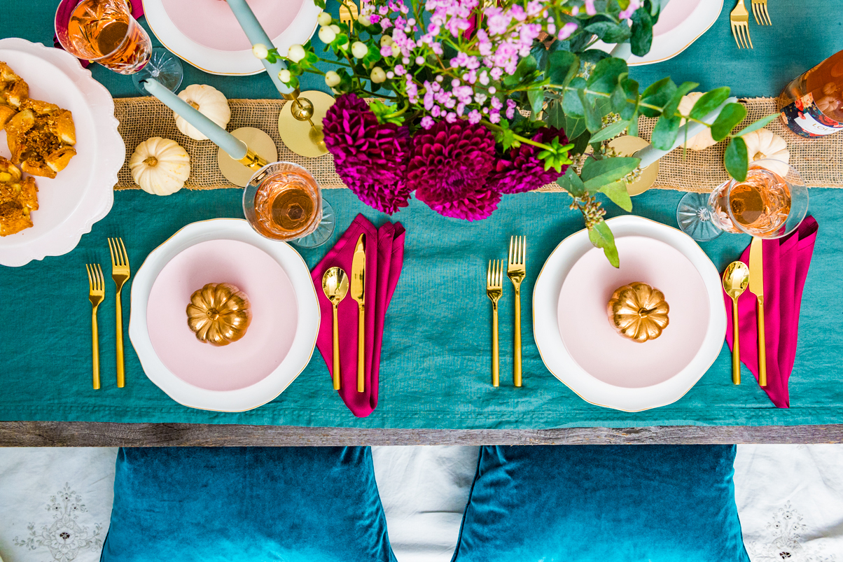 How to set a colorful modern and warm Thanksgiving table setting  sc 1 st  the Spice at Home & A Thanksgiving Table Setting \u2013 the Spice at Home